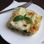 White Lasagna with Mushrooms, Spinach and Turkey