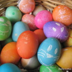 Perfect Hard Boiled Eggs, Decorating Eggs, An Easter Egg Hunt & A Pony Ride